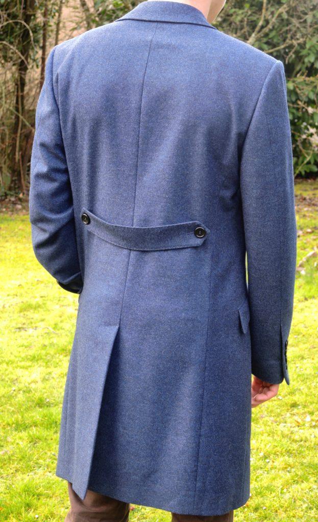 Manteau bleu en laine