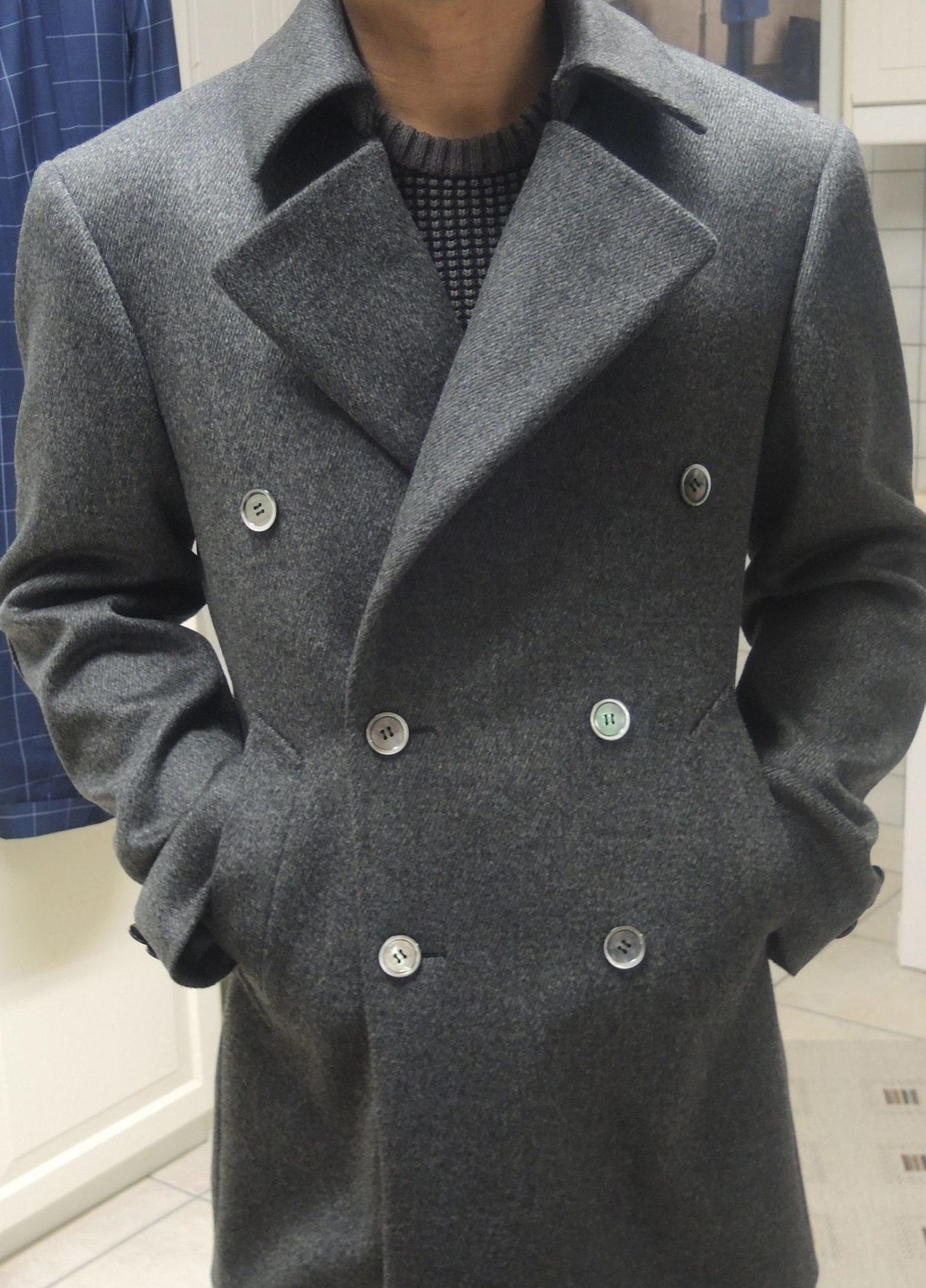 Manteau avec col Napoléon et double boutonnage